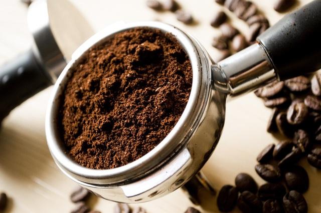 Bạn có chắc đã biết hết công dụng hữu ích của bã cà phê? - 3