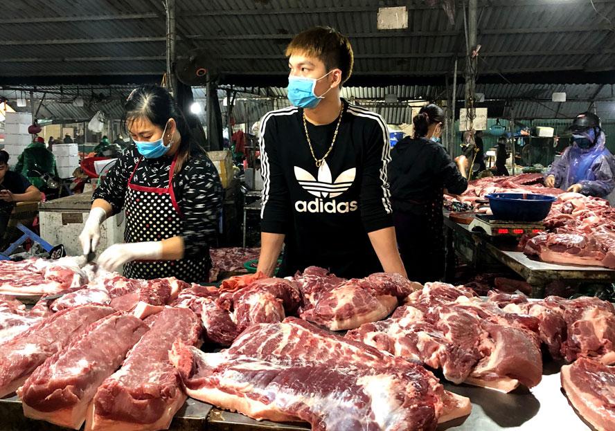 Giá thịt lợn dịp cuối năm và Tết Nguyên đán: Liệu có tăng trở lại?
