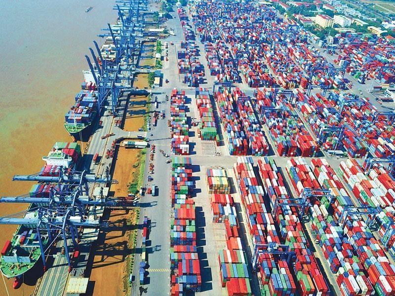 Thực hư chuyện giá thuê container tăng gấp 10 lần