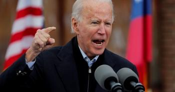 """Ông Biden """"thừa kế"""" chiến lược đối phó Trung Quốc từ ông Trump"""