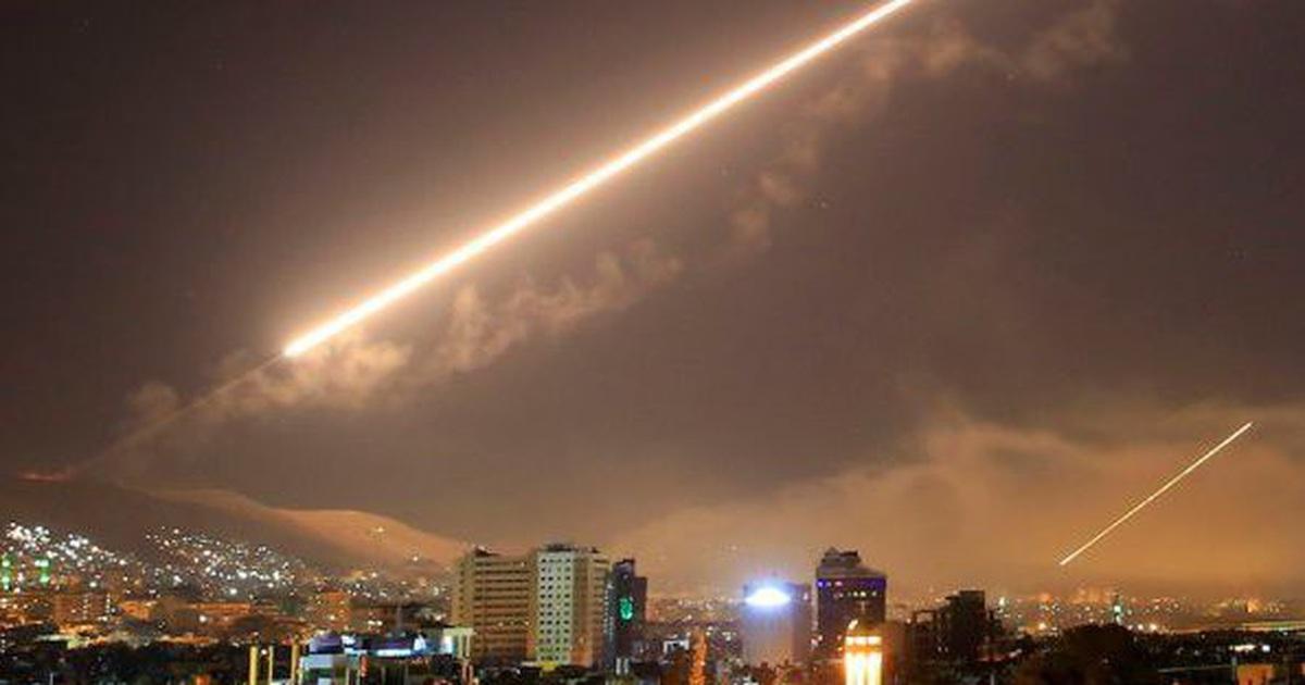 Không phận thủ đô Syria rung chuyển vì tên lửa nghi của Israel