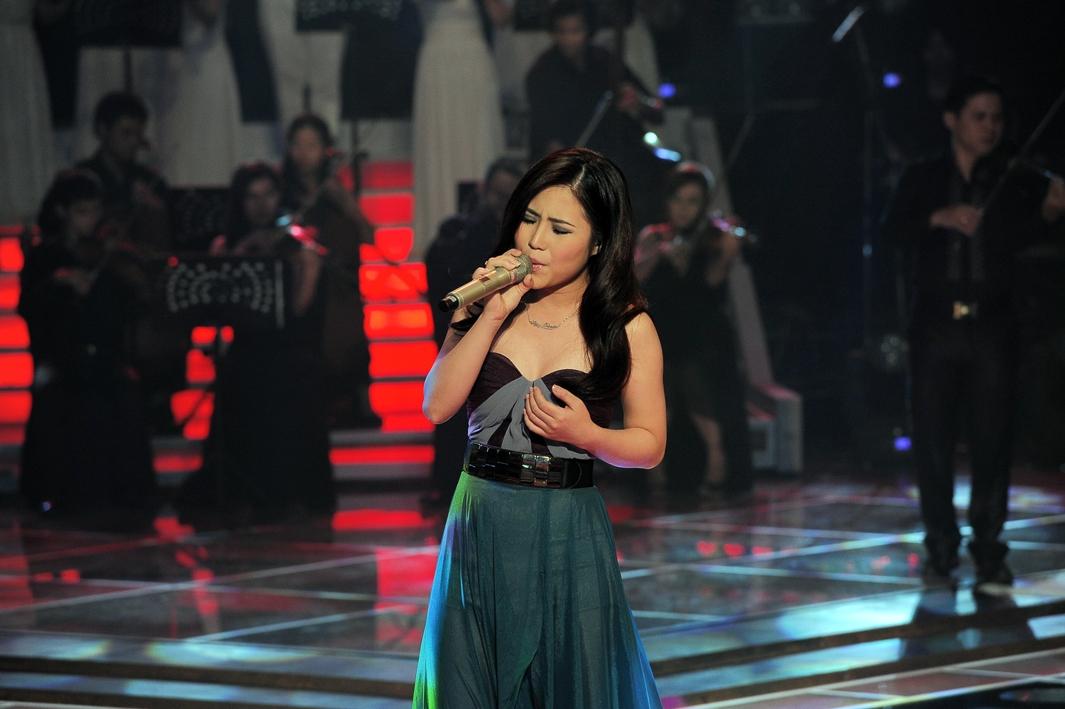 """Hương Tràm – """"công chúa pop ballad"""" của The Voice!"""