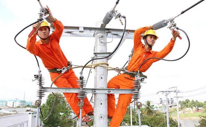 Thủ tướng Chính phủ Phạm Minh Chính đã đồng ý với đề xuất của Bộ Công T hương về đợt giảm giá điện đợt 4 cho một số khách hàng sử dụng điện bị ảnh hưởng của dịch COVID -19.