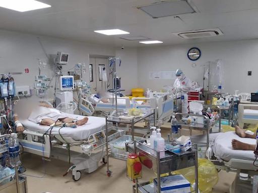 Người nhiễm Covid-19 tại Hà Nội được sắp xếp điều trị ra sao?