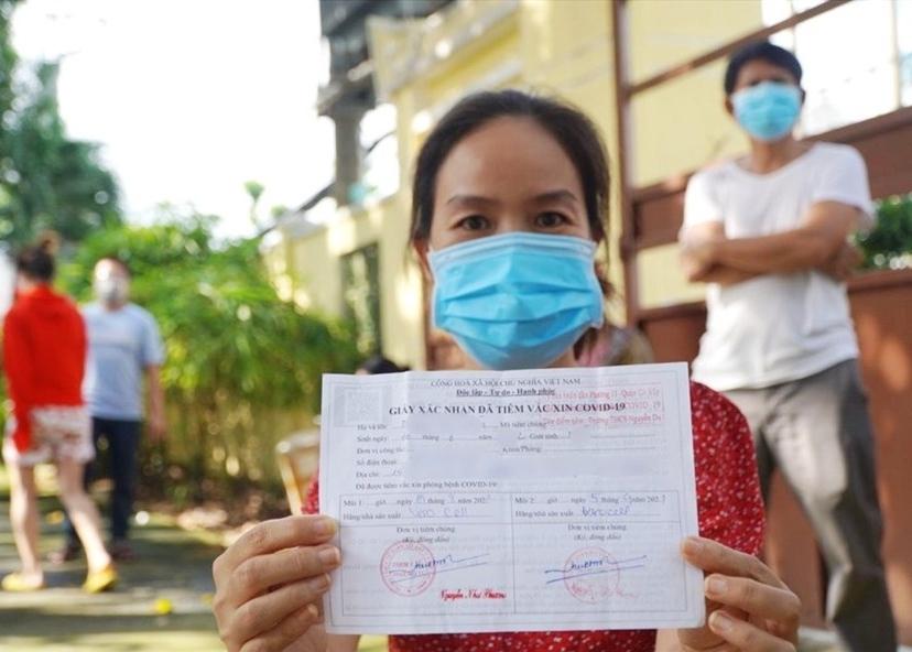 TP HCM gấp rút cập nhật hệ thống dữ liệu tiêm chủng cho người dân trước 15/9