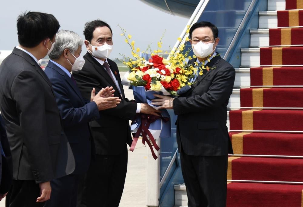 Tin tức kinh tế ngày 12/9: Việt Nam tiếp nhận hỗ trợ vắc xin, thiết bị y tế giá trị từ châu Âu