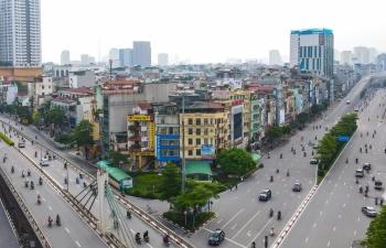Hà Nội phân bổ dân số ra sao trong bối cảnh vượt dự báo quy hoạch?