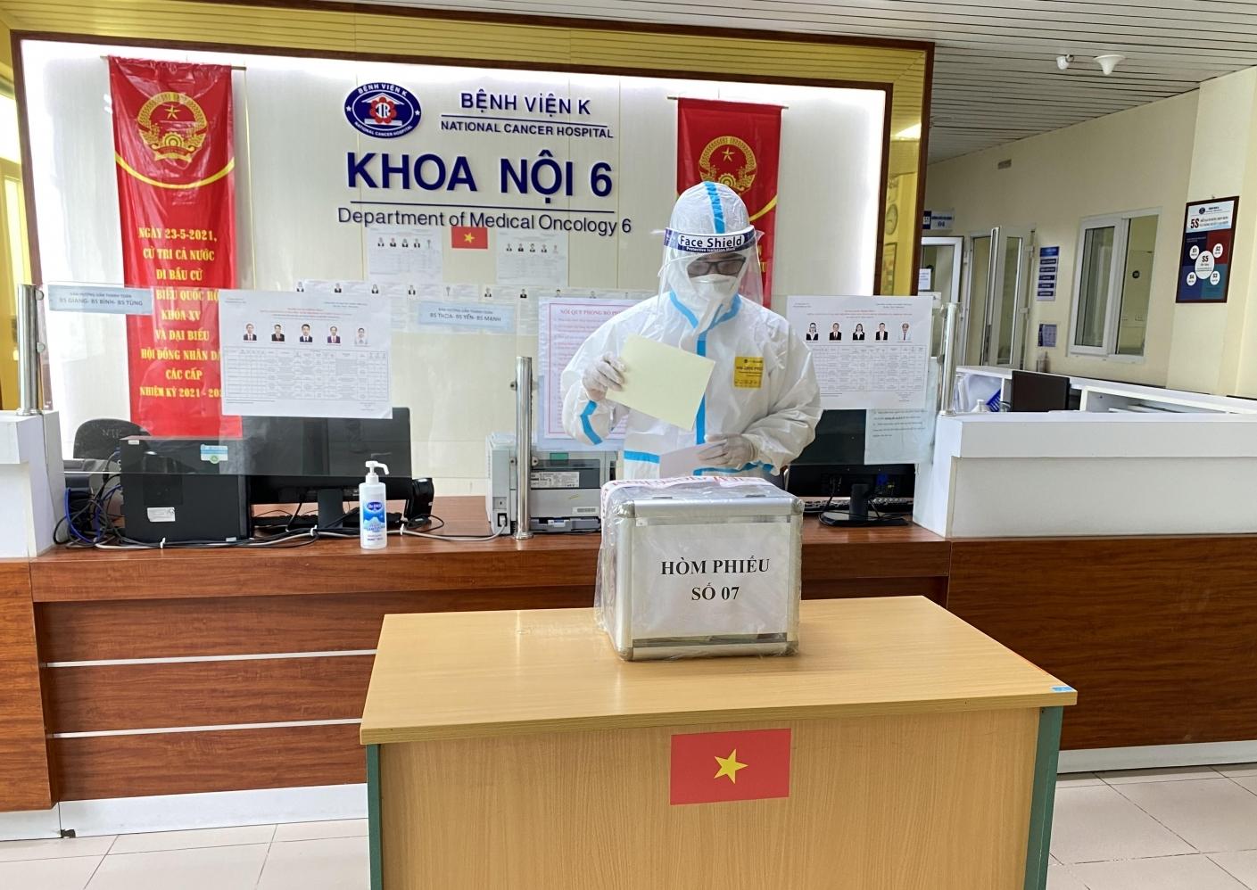 Bệnh viện K tổ chức bầu cử đảm bảo an toàn phòng chống dịch Covid-19