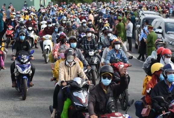 Người dân phải làm gì khi di chuyển đến các tỉnh, thành phố?