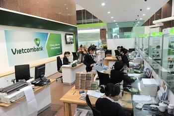 vietcombank loi nhuan truoc thue dat 22717 ty dong