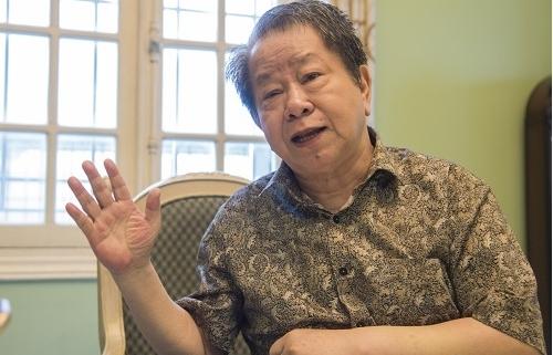Chuyên gia kinh tế Nguyễn Trần Bạt: Doanh nghiệp cần phải được cảnh báo rủi ro