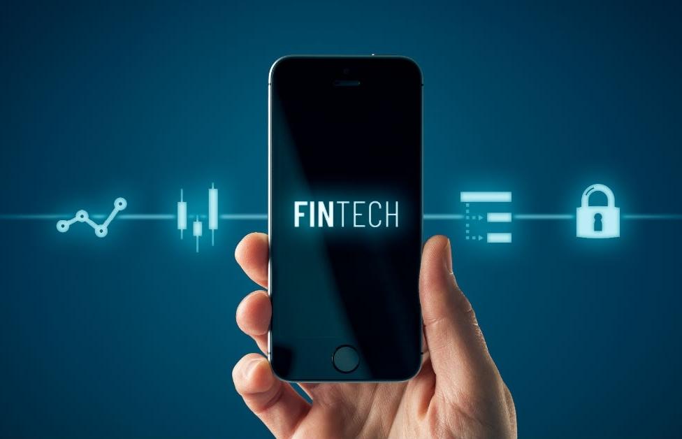 """NHNN muốn """"siết""""hoạt động Fintech để tránh rủi ro"""