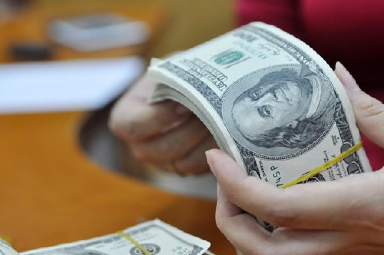 Đề nghị tập trung vốn đầu tư côngcho các dự án có tiến độ giải ngân tốt