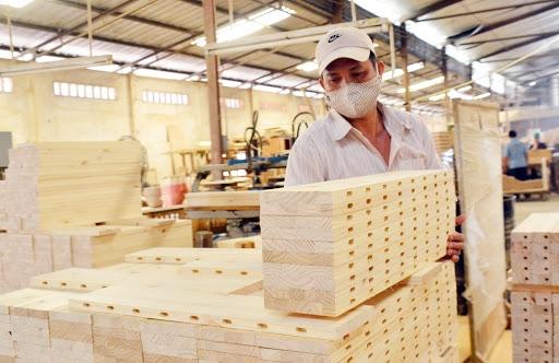 Dự báo không mấy sáng sủa của ngành xuất khẩu gỗ từ nay đến cuối năm