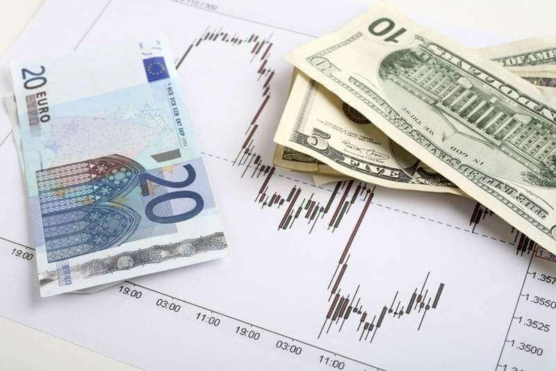 Tạo điều kiện thuận lợi hơn cho hoạt động của thị trường ngoại tệ