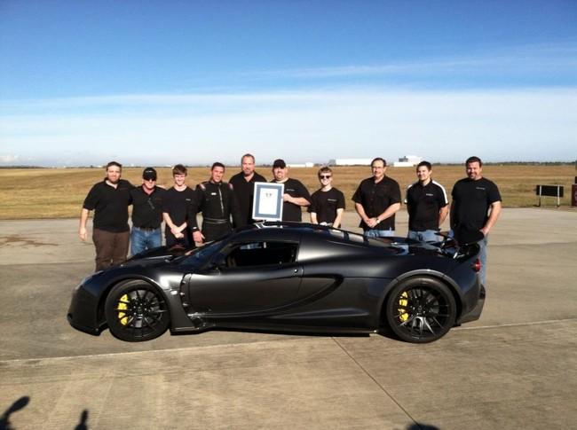 Hennessey Venom GT lập kỷ lục Guinness về khả năng tăng tốc 1