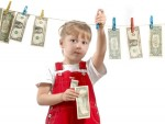 Trẻ 13 tuổi lơ ngơ tiêu tiền
