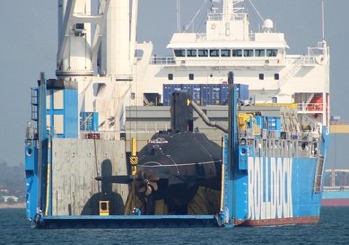 Tàu ngầm Hải Phòng đã vào vịnh Cam Ranh