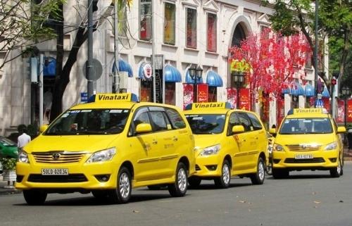 hai hang taxi tp hcm muon sap nhap de canh tranh voi grab