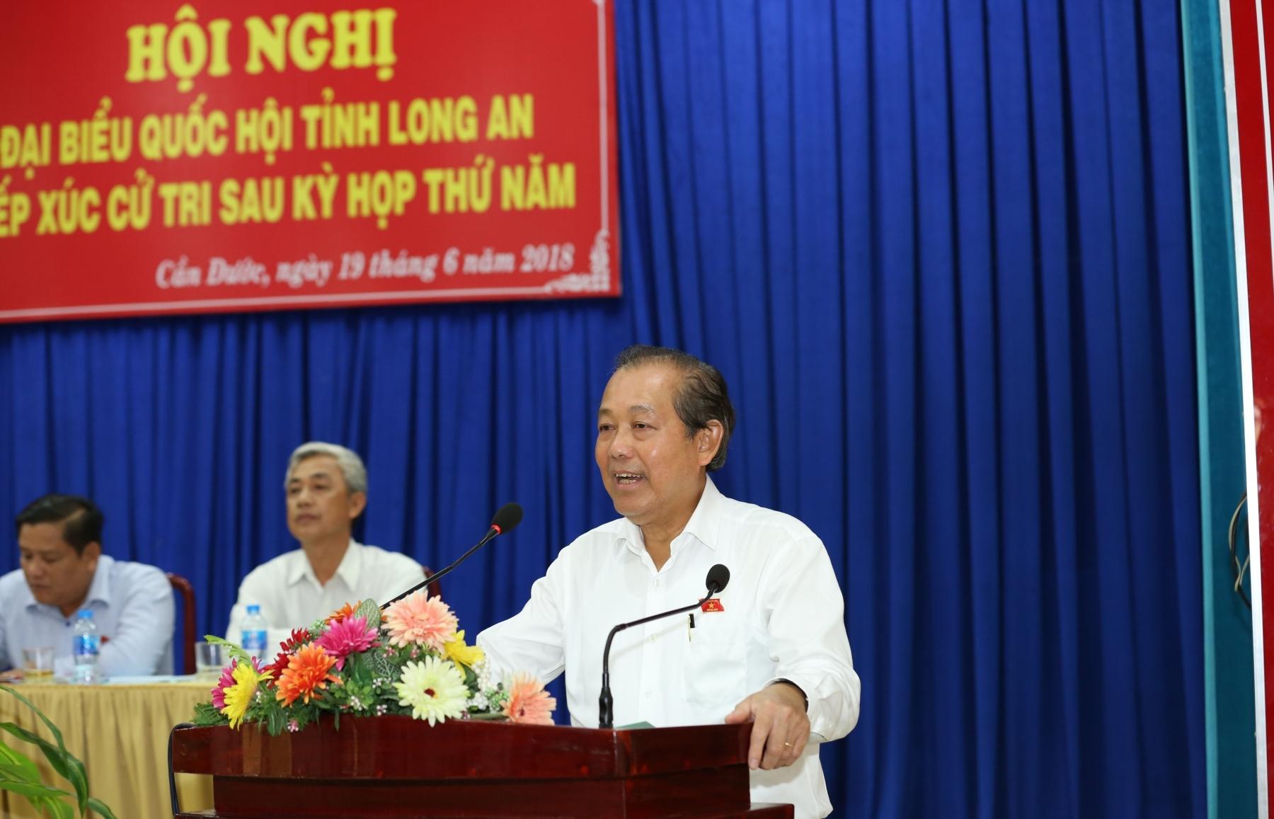 pho thu tuong thuong truc chinh phu tiep xuc cu tri huyen can duoc long an