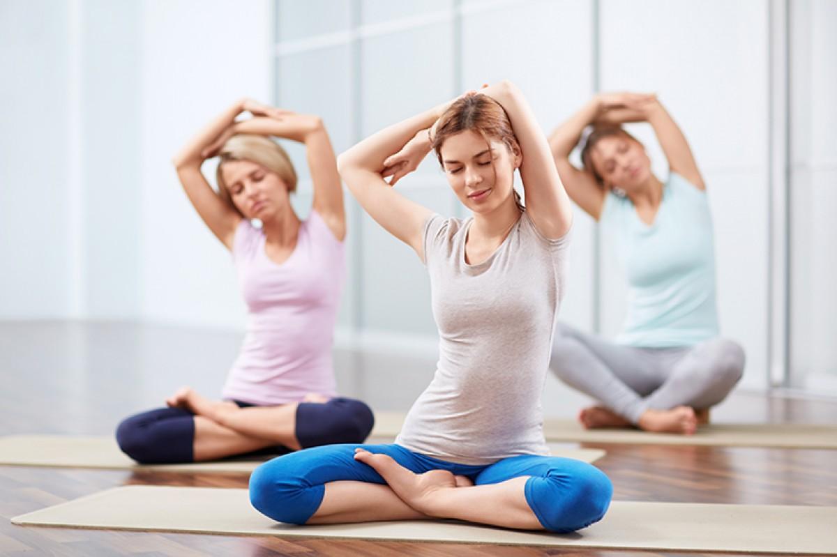 4 loai qua nen bo sung truoc gio tap yoga
