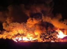 Hải Phòng: Cháy lớn ở xưởng sản xuất nến