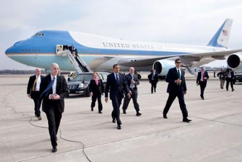 """""""Pháo đài bay"""" - quyền lực của các Tổng thống Mỹ"""