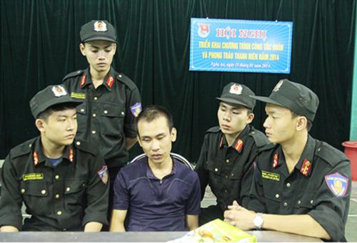 Nghệ An: Đi taxi giao