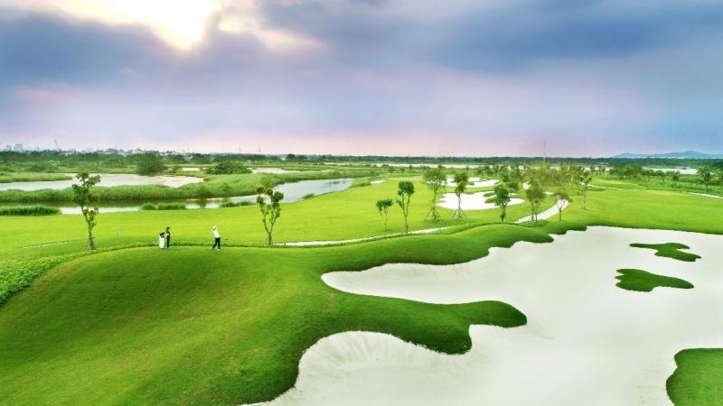 ra mat the hoi vien vinpearl golf premium membership