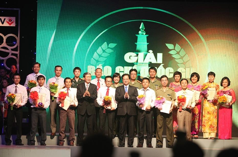 Báo Năng lượng Mới đạt giải C tại giải Báo chí Quốc gia 2012