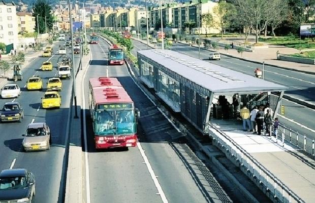 Xe buýt điện tại TP HCM - Nên hay không?