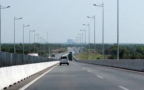 Sắp thông xe toàn tuyến cao tốc TP HCM - Long Thành - Dầu Giây