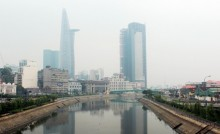 TP HCM cấm đứng trên cầu xem pháo hoa