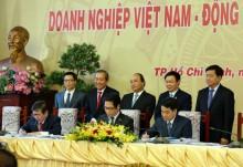 Hà Nội - TP HCM - VCCI ký cam kết phục vụ doanh nghiệp