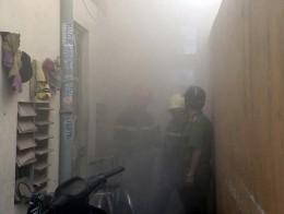 Phòng trọ cháy rụi, cả khu phố hoảng loạn