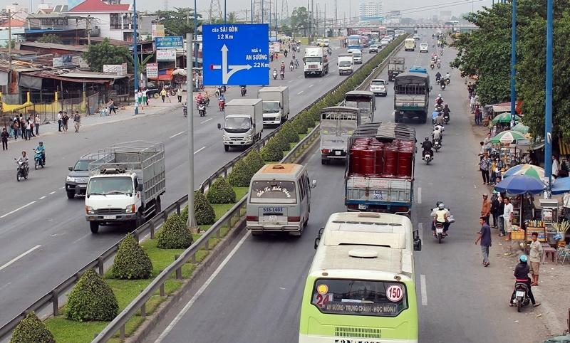 TP HCM: Sẽ hạn chế phương tiện vận tải hàng hóa vào nội thành