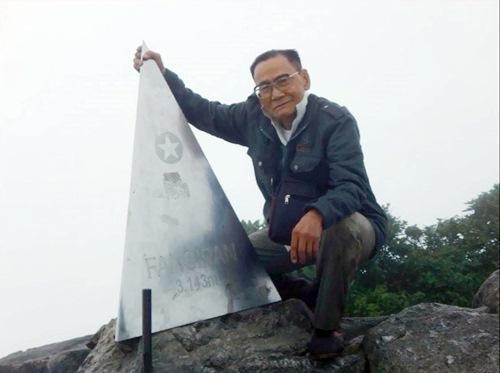 Cụ ông 83 tuổi 4 lần chinh phục đỉnh Fansipan