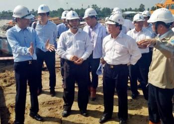 Đoàn công tác PVN làm việc tại Nhà máy Nhiệt điện Long Phú 1