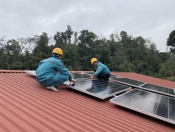 Viettel Construction trao tặng hệ thống điện mặt trời tại Trường Tiểu học Thải Giàng Phố