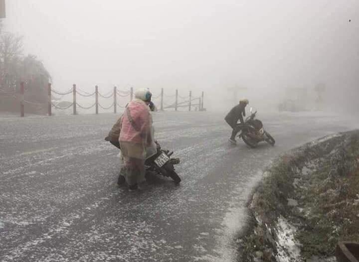 Các tỉnh có tuyết rơi phải bố trí lực lượng đảm bảo giao thông