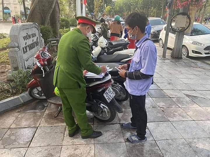 Hà Nội: Xử phạt bãi xe