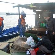 Cảnh sát biển tạm giữ 20 nghìn lít dầu DO không rõ nguồn gốc