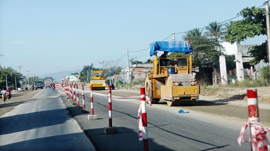 Rào chắn đường Vành đai 3 để hoàn thiện nút giao với cao tốc Hà Nội - Hải Phòng