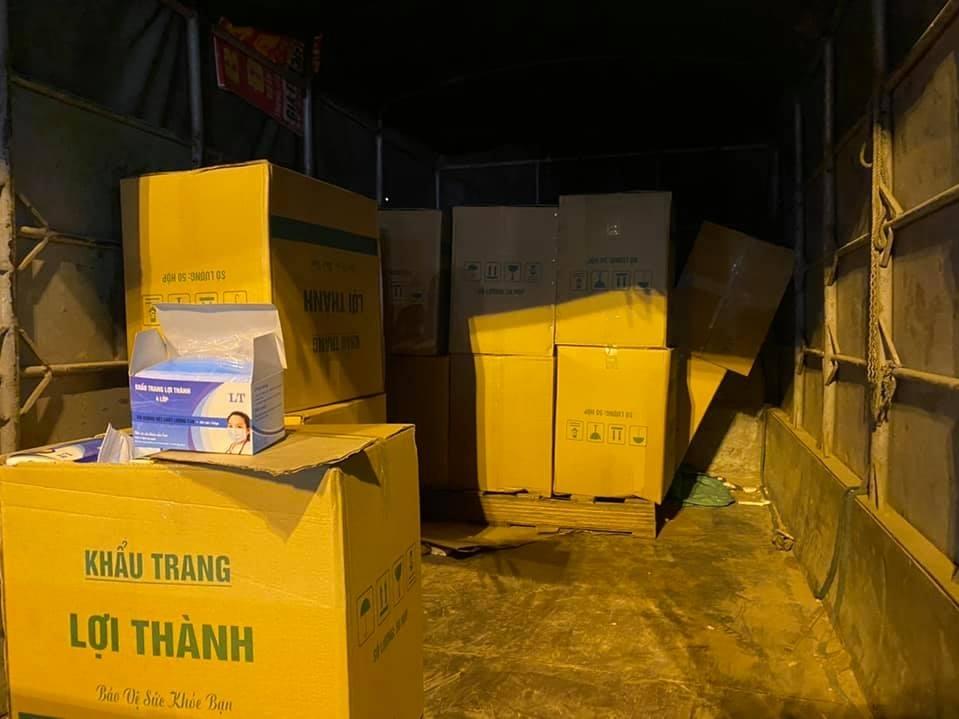 Hà Nội: Cảnh sát 141 thu giữ lô khẩu trang không rõ nguồn gốc