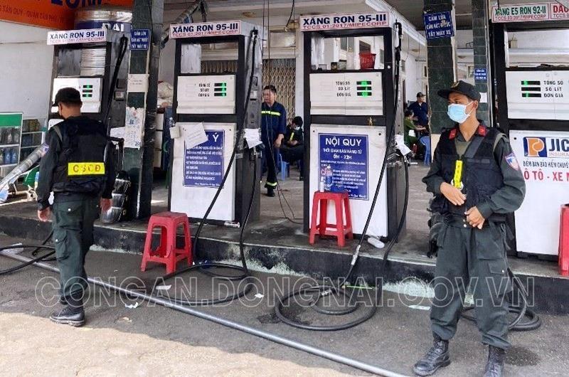 Đồng Nai: Bắt thêm 2 đối tượng trong đường dây buôn lậu xăng giả