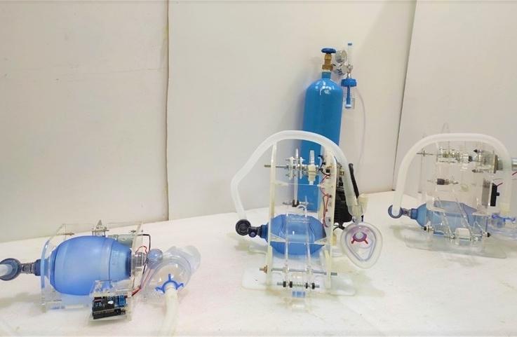 Nhóm nghiên cứu trường ĐH Điện lực chế tạo thành công máy trợ thở