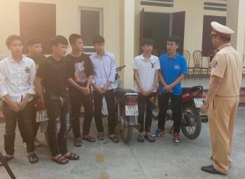 Phú Thọ: Xử lý nhóm thanh niên đi xe máy lạng lách, bốc đầu