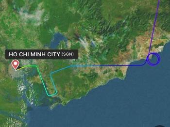 vietnam airlines thua nhan delay 30 phut do cho 1 hanh khach