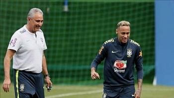 neymar ra san tran gap costa rica