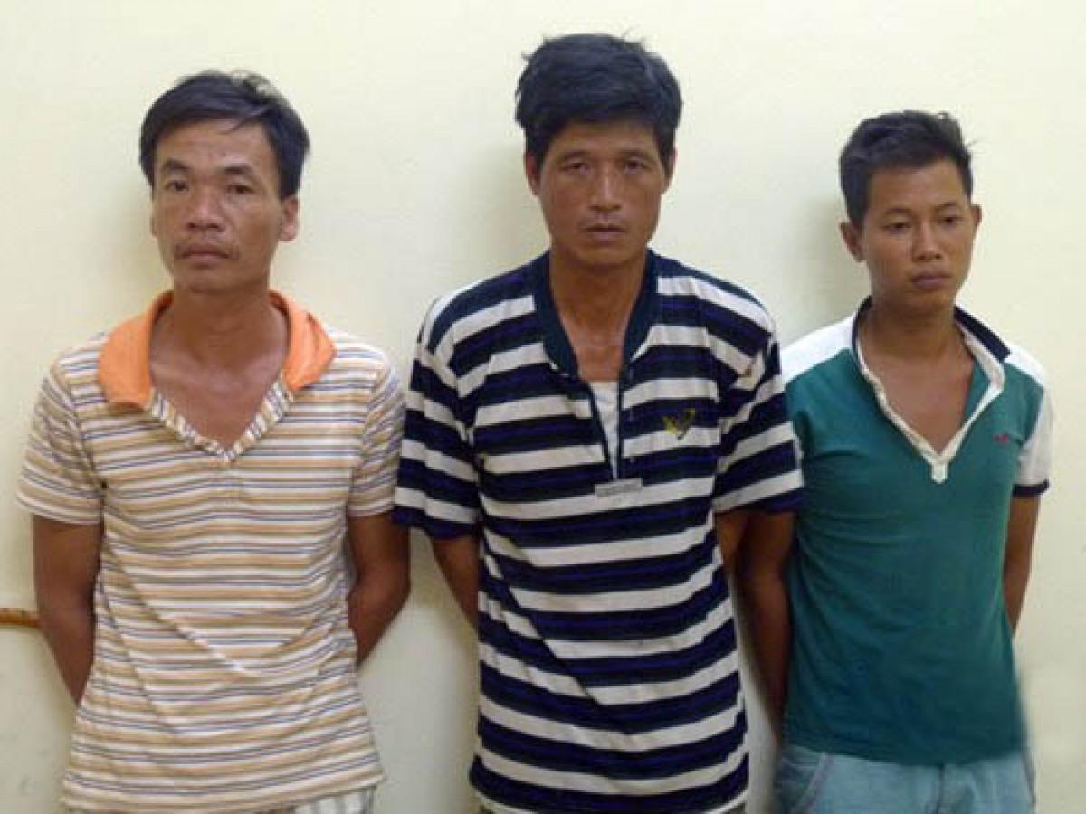 3 cong nhan trom may tham do dia chat tri gia 200 trieu dong